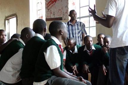 Dance4Life_Onderwijs_HIV_Aids_Kenya