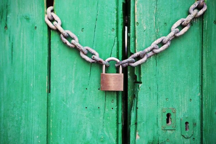 Wat te doen nu alles dicht is - by Life of Pix - door-green-closed-lock-4291