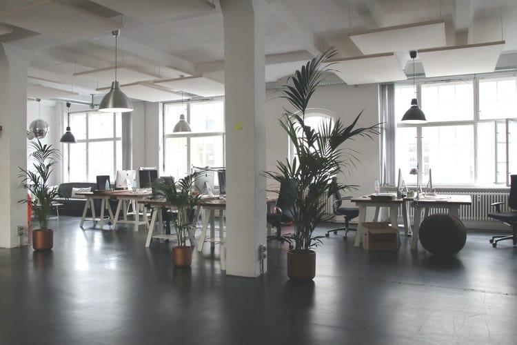 Zijn kantoren niet meer nodig -Kantoor is zó 2019 zijn kantoren niet meer nodig - by Marc Mueller - architectural-design-architecture-ceiling-chairs-380768